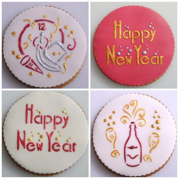 Biscotti decorati con la tecnica dello stencil © Miriam Bimby