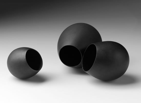 Belinda Winkler, Encounter #4, Bronze, Composition of 3, Approximate dimensions 350W x 110H x 200D mm, 2011, Photography by Peter Whyte