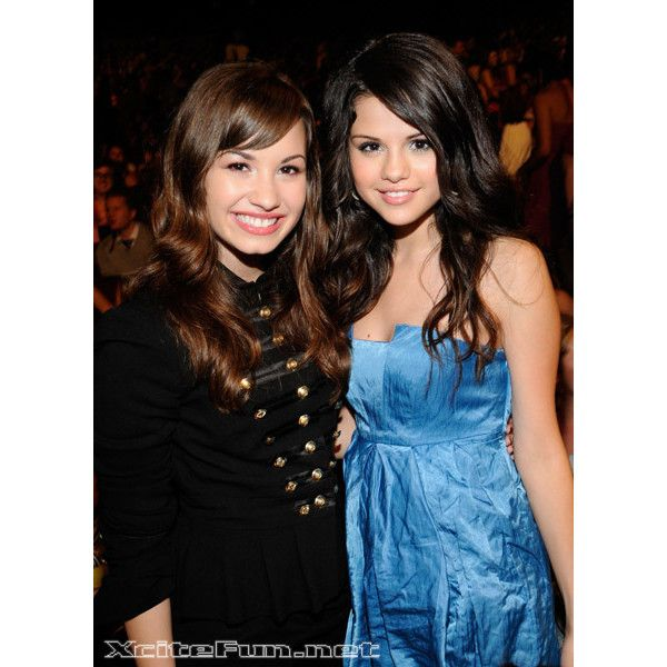 Demi Lovato and Selena Gomez Pictures - Demi Lovato Fansite ❤ liked on Polyvore featuring demi and selena