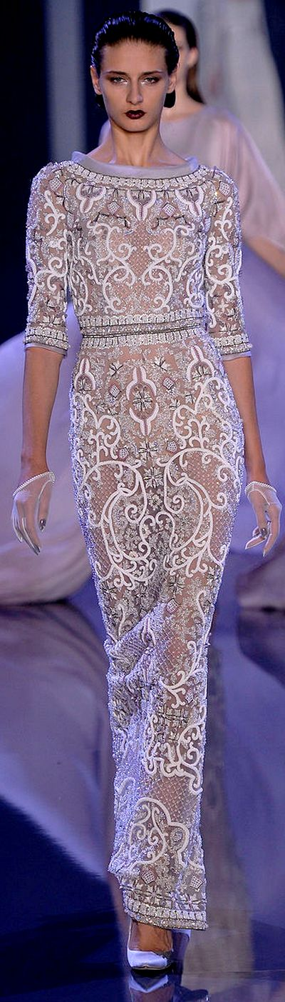 Ralph & Russo Fall 2014-2015 Couture Collection | white lace dress | boat neck | short-sleeve | see-through