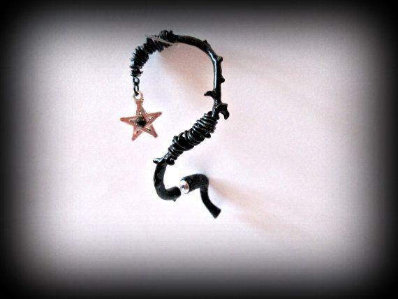 thorne ear cuff-black color ear cuff-gothic ear by presents4u