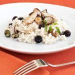 Sale&Pepe ti propone un risotto mantecato ai funghi e mirtilli: un piatto…