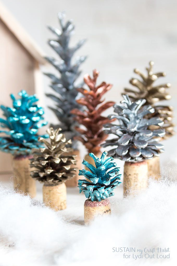 25 unique painted pinecones ideas on pinterest pinecone for Pine cone christmas tree craft
