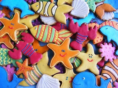 sea life cookies | clam cookies with a pearl pirate cookie love the moustache