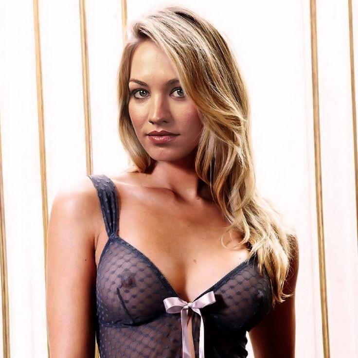 Yvonne Strahovski And Sexy 52