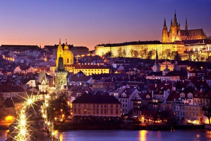 Γιορτές στην Πράγα με επίσκεψη στο Κάρλοβυ Βάρυ & το Τσέσκυ Κρουμλόβ- 5 ημέρες – Antaeus Travel | Γραφείο Γενικού Τουρισμού Prague Xmas Christmas Holidays antaeustravel