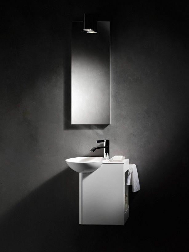 In dit artikel worden er 10 verschillende ideeën getoond voor het inrichten van een kleine badkamer. Van ontwerpen gemaakt door badkameradviseurs tot foto's gemaakt bij mensen thuis. Ideaal voor het opdoen van inspiratie voor jouw kleine badkamer. Zo kun je één van de ideeën kiezen als basis en daar de[...]
