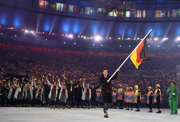 Olympia 2016: Tischtennisspieler Timo Boll ist Deutschlands Fahnenträger.