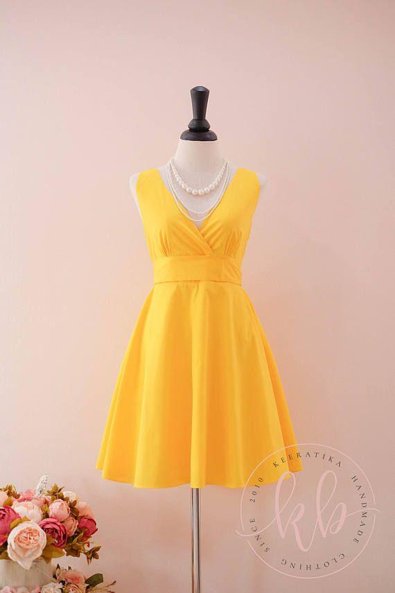 3ccb8627ee2 Robe de demoiselle d honneur jaune jaune Prom robe jaune vintage jaune robe  robe bain