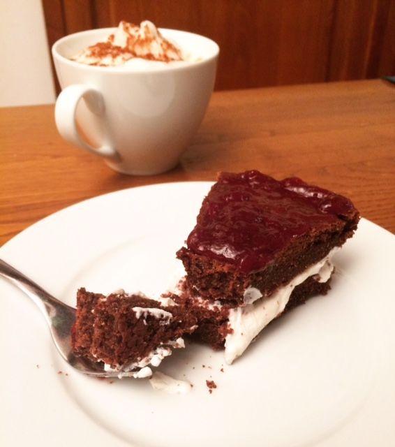 Torta cacao&arancia - farcita di yogurt greco con marmellata