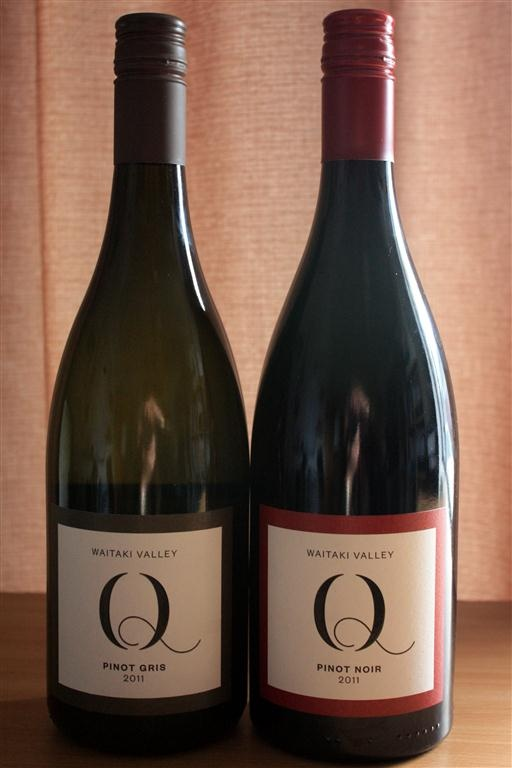 Q Wine Waitaki Valley Pinot Gris 2011  Q Wine Waitaki Valley Pinot Noir 2011