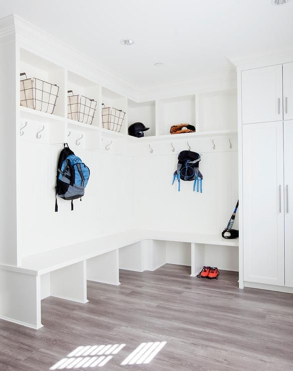 L Shaped Mudroom Lockers Laundry Rooms Amp Mudrooms In