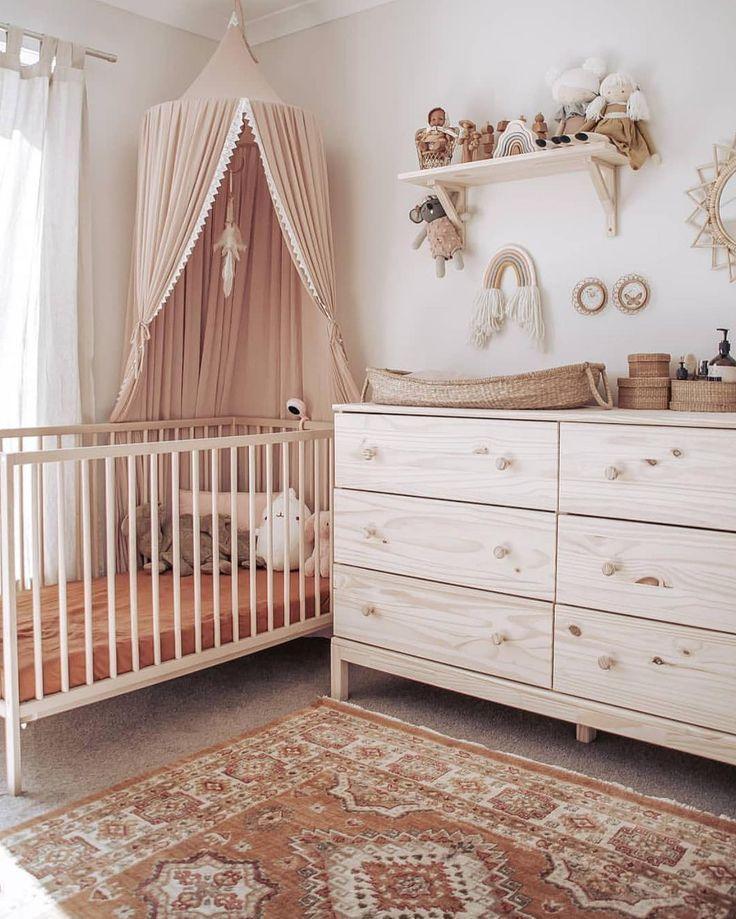 Holzmöbel Babyzimmer