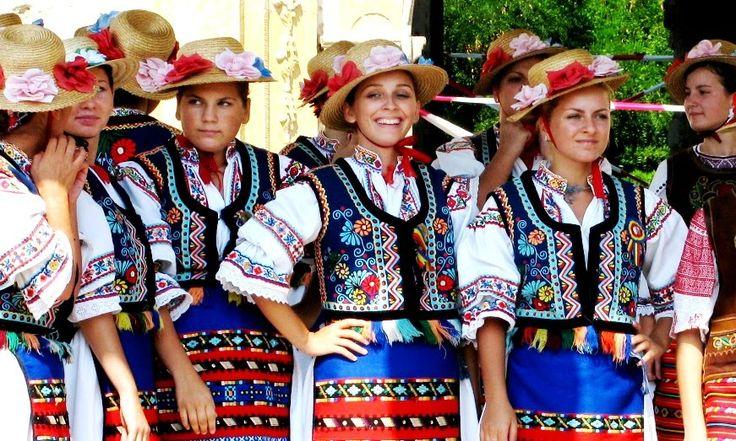 Rumunija uvod Kultura Rumunije Folklor i muzika Rumunije Narodne nošnje Rumunije