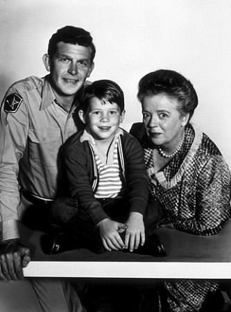 Andy Griffith, Ron Howard, and Frances Bavier on The Andy Griffith Show.