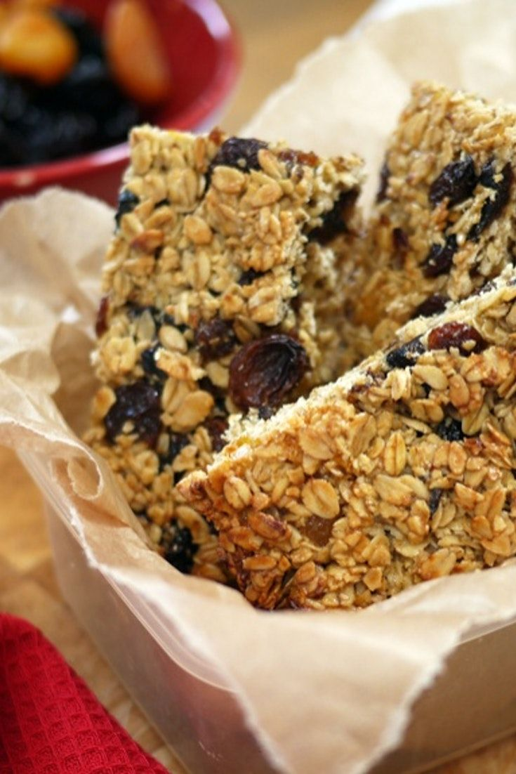 A quick and simple recipe for flapjacks/cereal bars - great for lunchboxes...