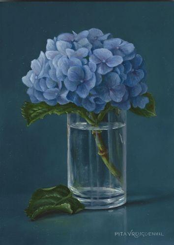 Hortensia in glas, 18 x 13 cm, olieverf op paneel.
