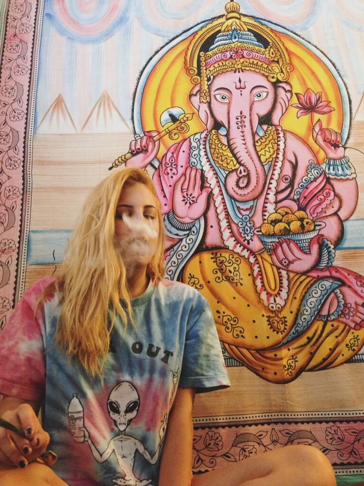 445 best images about girls smoke weed too on pinterest for Stoner t shirts india