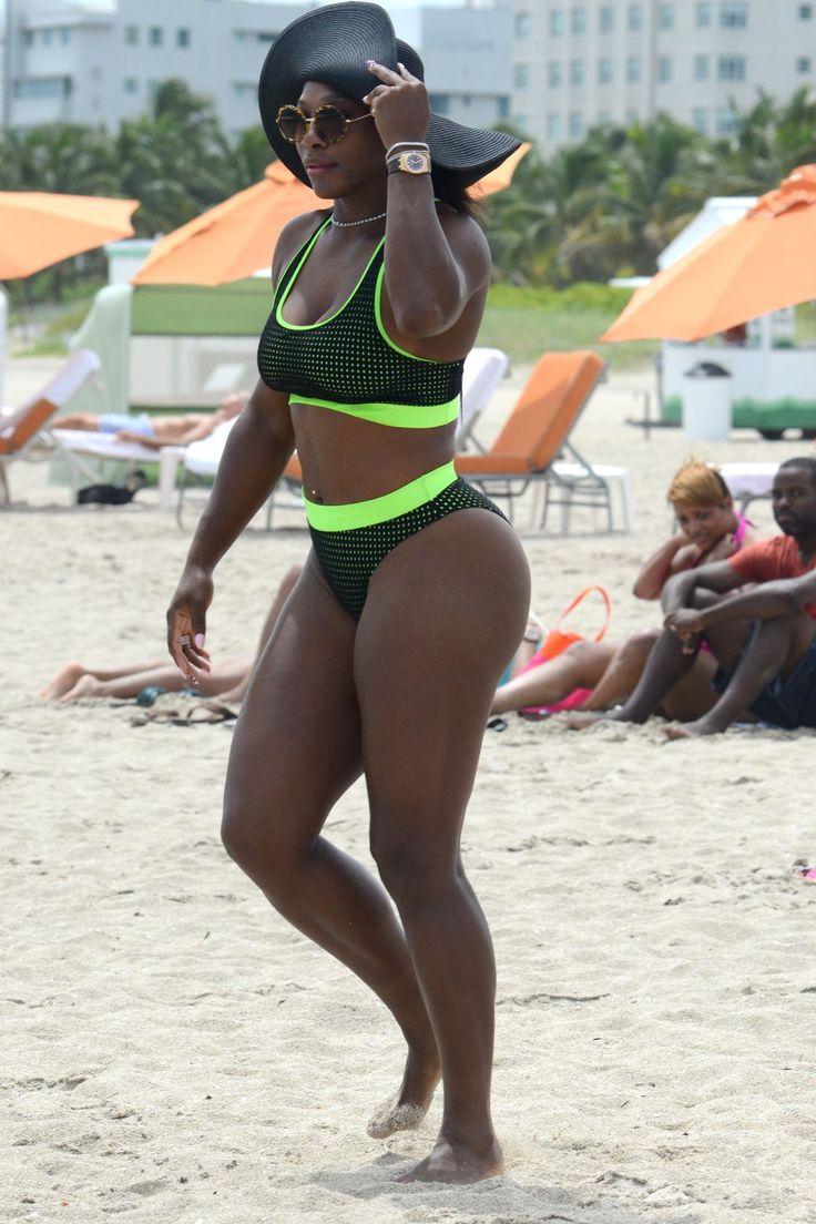 serena-williams-in-bikini-at-a-beach-in-miami_5.jpg (1200×1800)