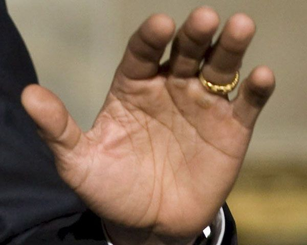 Barack Obama's right palm: hand lines.