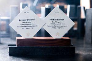 Limitierte und nummerierte Visitenkarten kommen europaweit aus Bonn