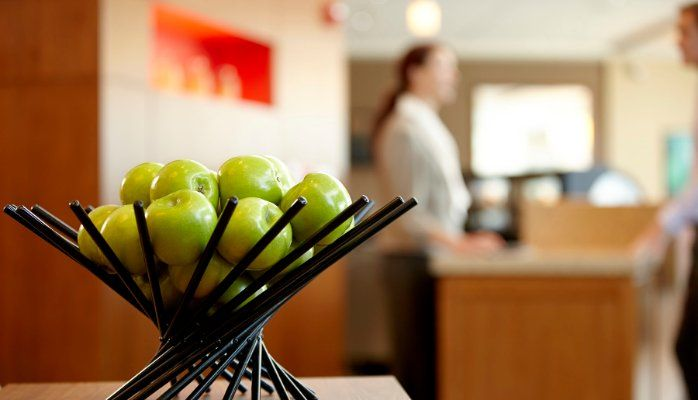 5 Top Qualities that a Hospitality professional must have !