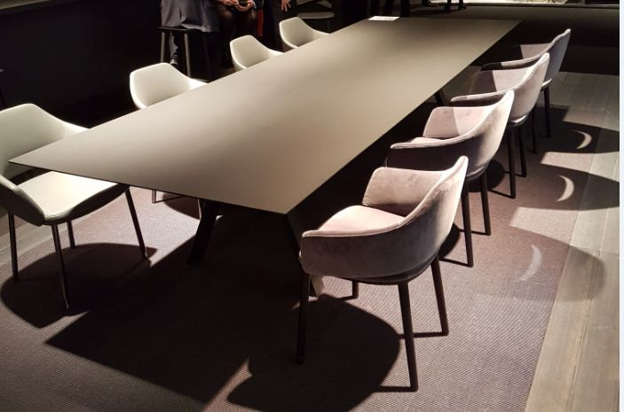 The boardroom table with FENIX NTM means serious business.