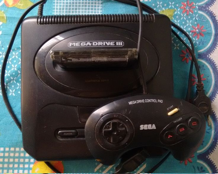 Mega Drive 3 e control pad