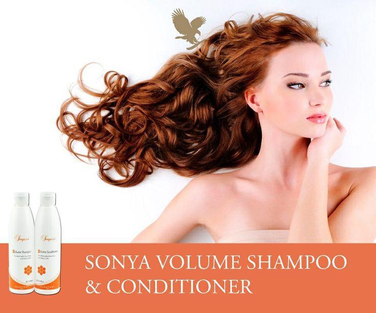 Sonya Volume Shampoo  Wanneer uw haar behoefte heeft aan extra aandacht, biedt Sonya Volume Shampoo uitkomst. Deze exclusieve samenstelling geeft uw haar volume en glans, perfect in evenwicht. Twee van de belangrijkste ingrediënten, aloë vera en royal jelly, zorgen voor weelderig en dikker haar. Aloë vera hydrateert de hoofdhuid en houdt de pH in balans. Royal Jelly bevat antioxidanten die vrije radicalen in het haar neutraliseren en beschadigd haar herstellen. Daarnaast hydrateert en…