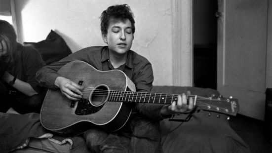 Read how Bob Dylan broke with folk orthodoxy, recorded his own songs and made his first classic, 'The Freewheelin' Bob Dylan.'