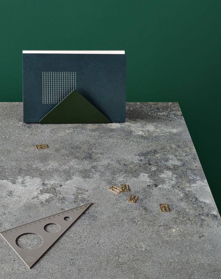Domesticated concrete with the NEW Rugged Concrete 4033 - Caesarstone®