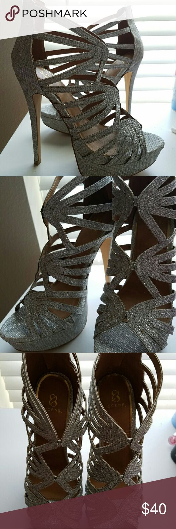 Luxurious Scene Silver Sparkly Heels * Size 8 1/2 - 9 * Comes with original box * Never worn..size didn't fit Shoe Dazzle Shoes Heels