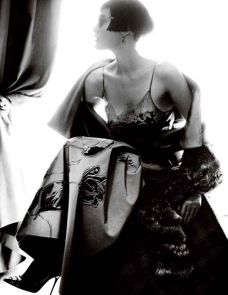 Prima Donna | Catherine McNeil by Mario Testino for UK Vogue September 2013