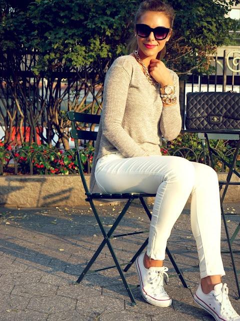 Beige top, white pants, white chucks | Annie Jaffrey