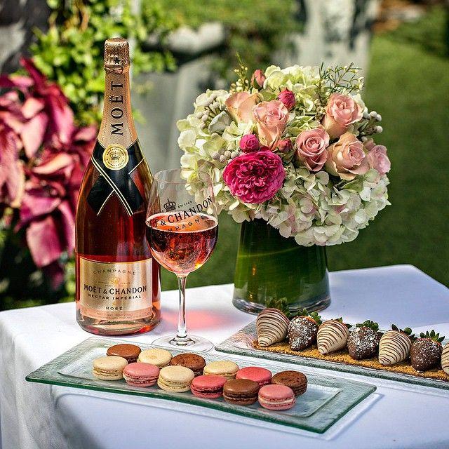 торт цветы шампанское картинки древних времён жизнь