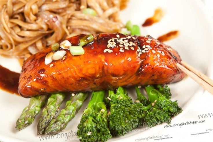 After salmon is cooked, use the rest of the sauce from the baking sheet to flavor some cold soba noodle. Heavenly!