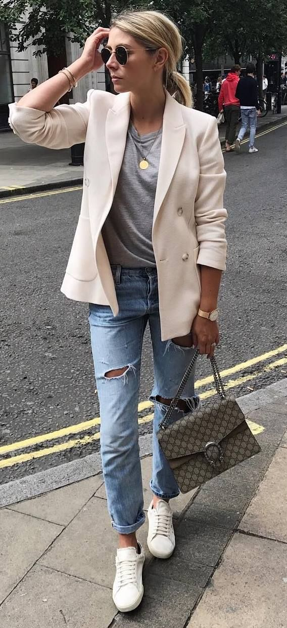 casual inspiration | nude blazer + tee + rips + bag
