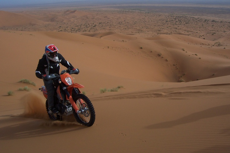 Con la KTM 690 en Marruecos
