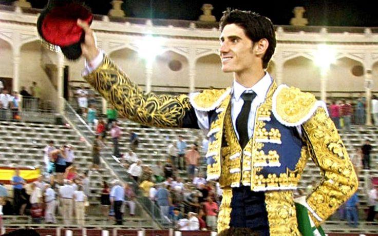 RECORDANDO LA ÚLTIMA TARDE DE VÍCTOR BARRIO EN ALBACETE  Feria de Albacete 2011 Noticias Toros Recordando Toros Victor Barrio