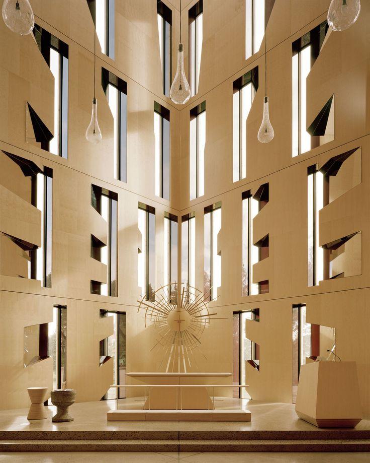 Espen Surnevik, Arkitekturfotograf Rasmus Norlander · About Våler Church · Divisare