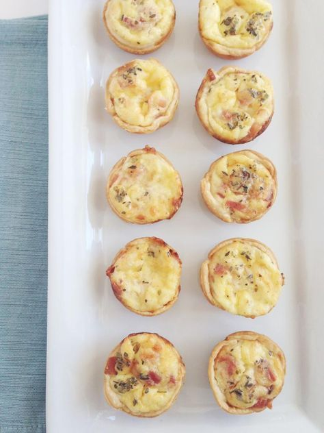 Mini quiche lorraine, delicious and easy. Perfect for brunch or a cocktail party appetizer. Via Eat Drink Pretty.