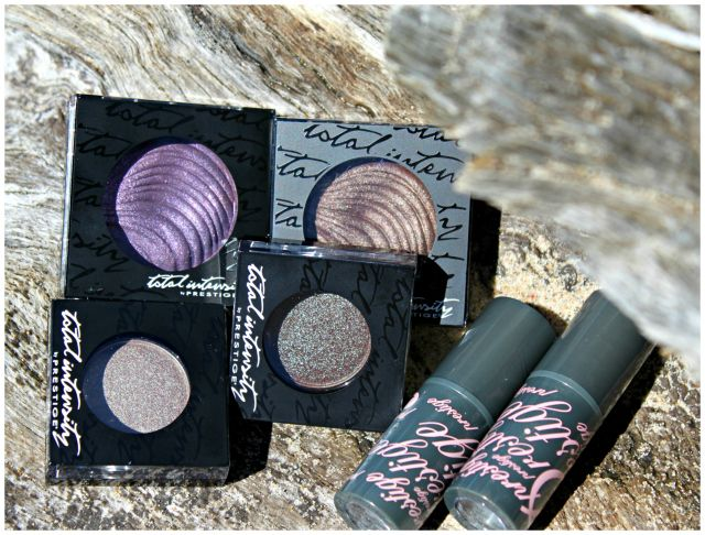Prestige Cosmetics On The Prowl, Bewitched, The Chase, Hocus Pocus Total Intensity Eye Shadows Review, Swatches, Pictures | via @glamorable #bbloggers #beauty #makeup #prestigecosmetics #duochrome #neutral #eyeshadows #purple #metallic