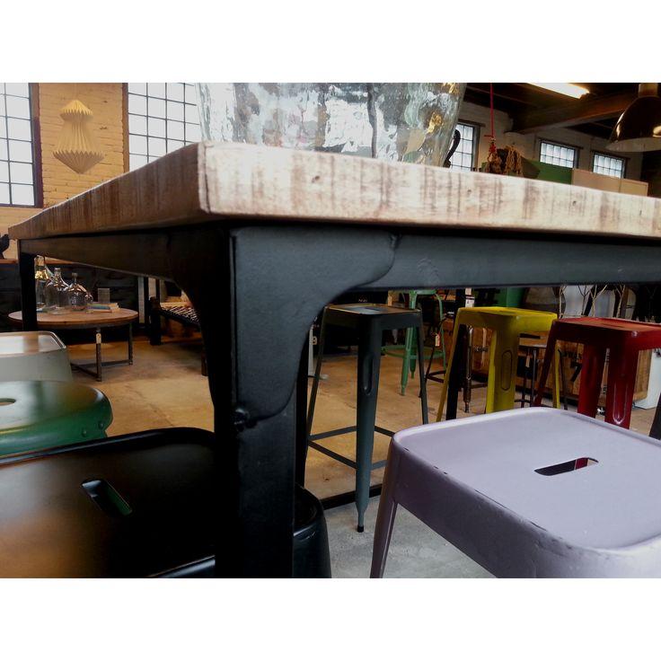 29 best images about keuken tafel on pinterest de stijl kitchens and photography portfolio - Cuisin e met bartafel ...