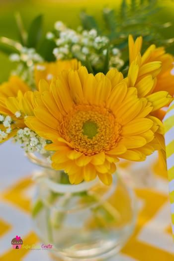 you are my sunshine grey yellow chevron party via babyshowerideas4u.com baby shower ideas daisies