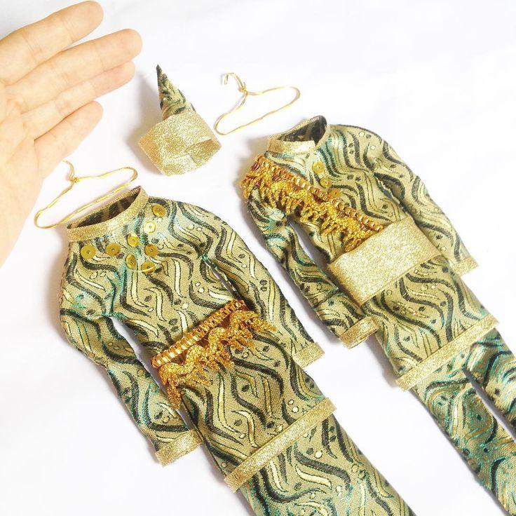 Riau traditional costumes_Baju kurung_Baju adat melayu mini_25cm