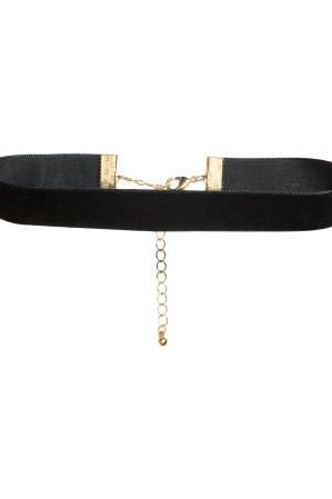 H&M Velvet Choker Necklace | We're crushing on velvet. The holiday season is upon us, and you know what that means: It's time to look the part. There's nothing quite as festive as a little velvet this time of year and these budget-friendly picks (all under $75) won't break the bank either. The beautiful fabric in holiday colors like deep red, blush pink, and bright gold are elegant but comfortable enough to wear all day. Whatever you do, don't wait too long to snag these classic picks.