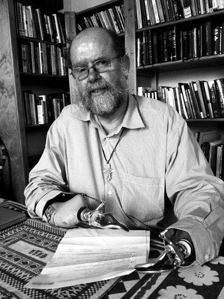 SABC News.com - Father Lapsley shares his amazing life:Tuesday 4 September 2012