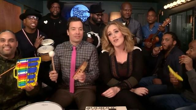 The singer covered her hit single with Jimmy Fallon's house band, The Roots, and some toy instruments.