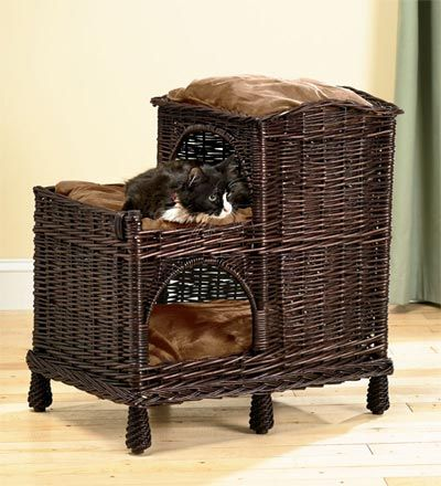 my cat likes to eat wicker so this wouldn't last long, but I like the look