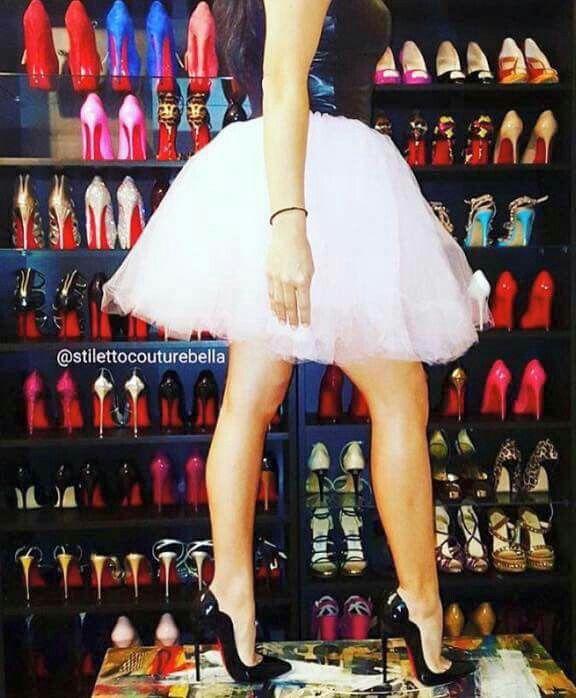 Pin von jimmy bo auf high heels pinterest for Schuhschrank jimmy